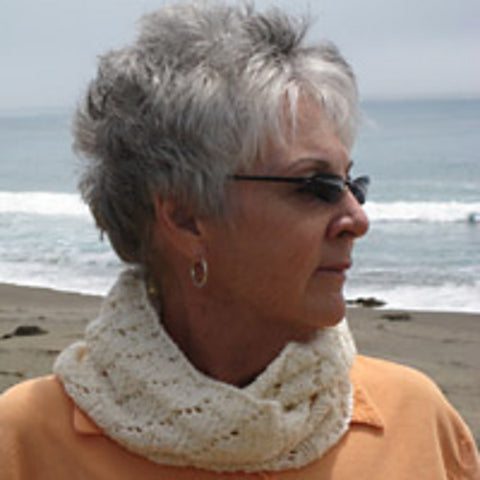 White Caps Cowl by Becky Curran