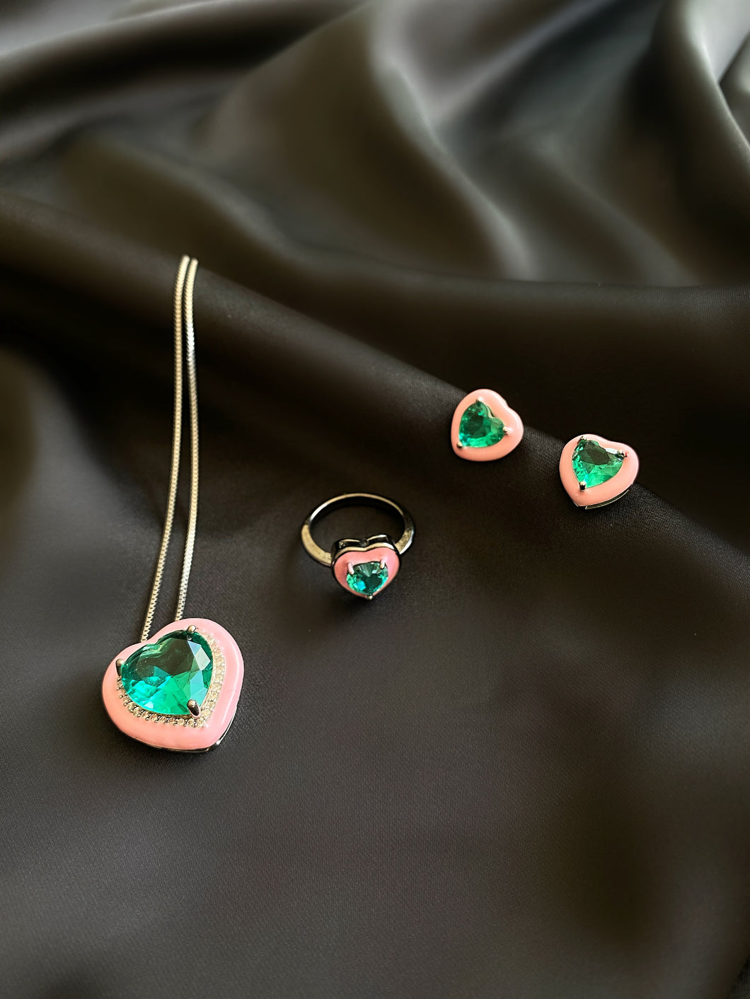 Schatz Emerald Heart Set