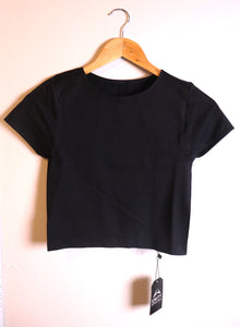 The Basic Crop - black