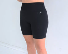 Load image into Gallery viewer, Gravity Biker Shorts - midnight