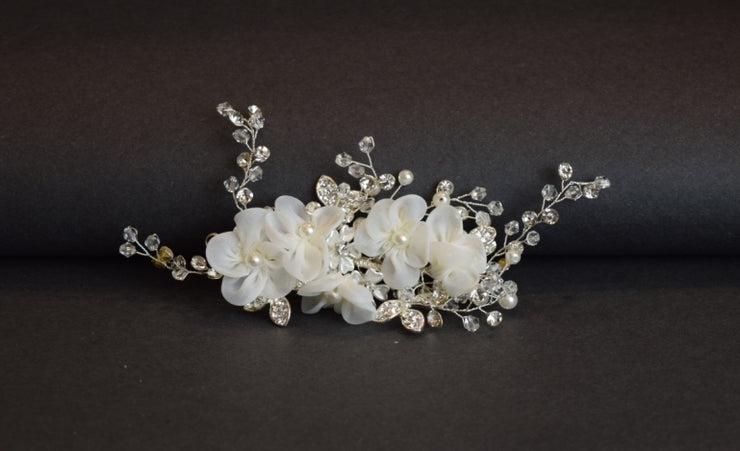 Sara's Fashion small yet elegant floral hair and wedding hair accessories in Edmonton, perfect for brides!