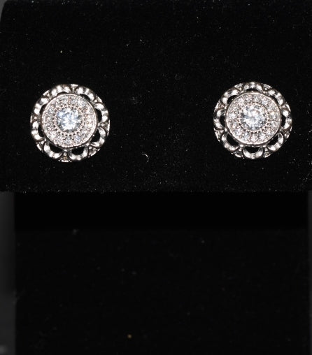 Sara's Fashion Real Silver Pitch Elegant and intricate stud earrings