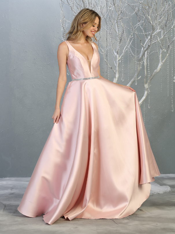 Sara's Fashion A-Line, V-Neck, Long Wedding Gown In Edmonton