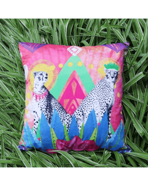 Load image into Gallery viewer, Festive Cheetah Cushion Cover