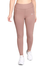 Load image into Gallery viewer, Gym/Yoga Medium Waist Tight Pocket Style - Light Brown