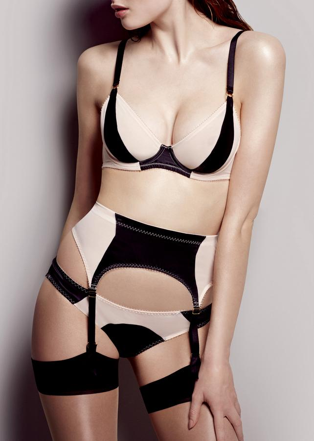 Penelope (NUBL) Non Padded Plunge Bra-Bras-L'Agent by Agent Provocateur-AvecAmourLingerie