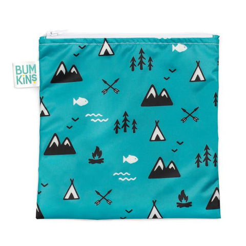 Bumkins large snack bag - outdoors. Blue bag with outdoor pattern.