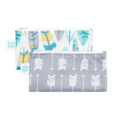 Bumkins 2 pack small snack bag- feathers & arrow. One bag white with feathers. The other bag grey with arrows.