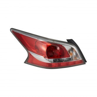 NISSAN ALTIMA SEDAN 2015 DRIVER SIDE TAIL LAMP