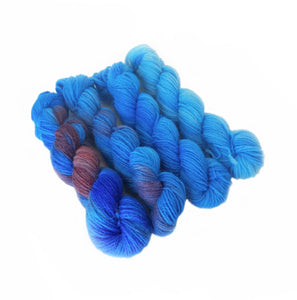 Highland wool - set of 4 mini skeins - blue