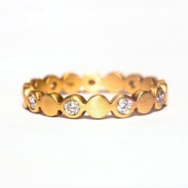 Precious Round Sequins Band Diamond