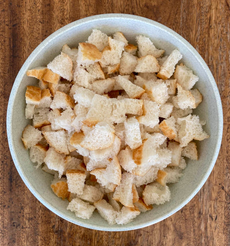 Bread cubes for croutons