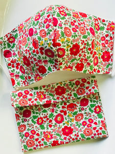 Handmade Fabric Face Covering With Pouch - Medium (Women/Teenagers)