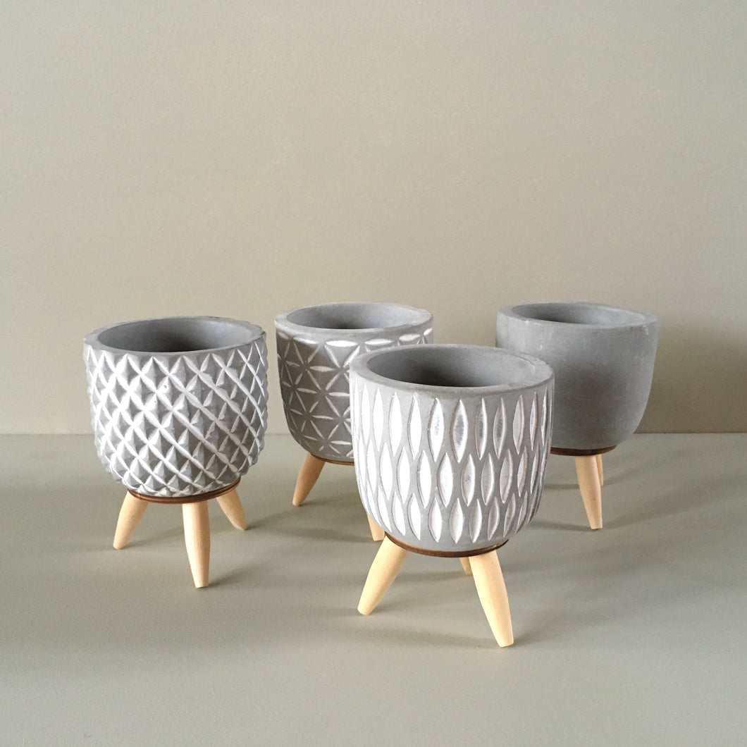 Small Concrete Plant Pot on Wood Legs - Leaf Pattern
