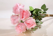 Load image into Gallery viewer, Bunch of Large faux light pink rose buds