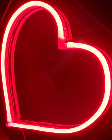 Kings LED Neon Sign - Heart