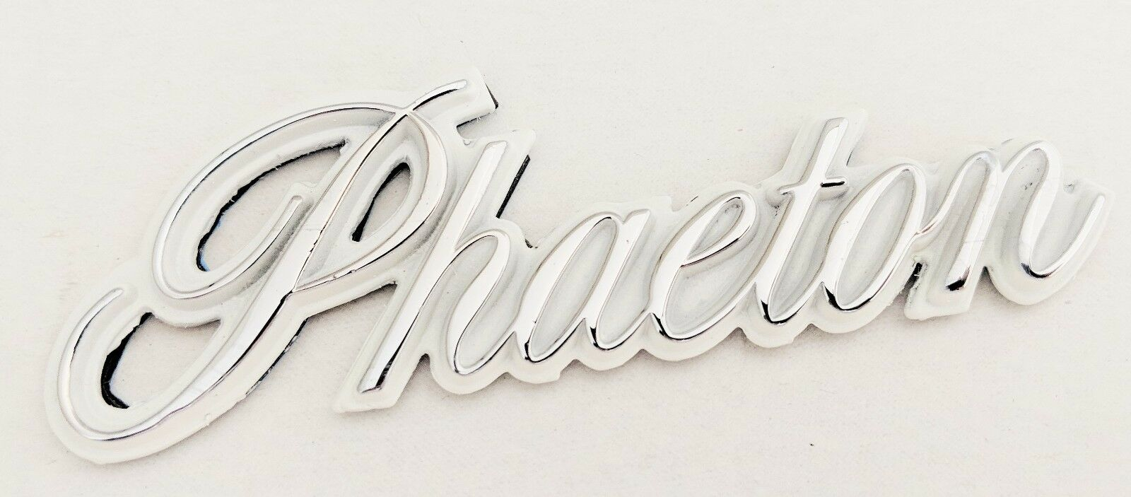 PHAETON CHROME WHITE EMBLEM