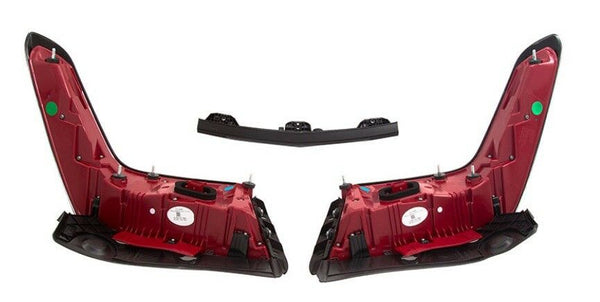XT5 CLEAR TAILLIGHT PACKAGE FACTORY GM #84101559