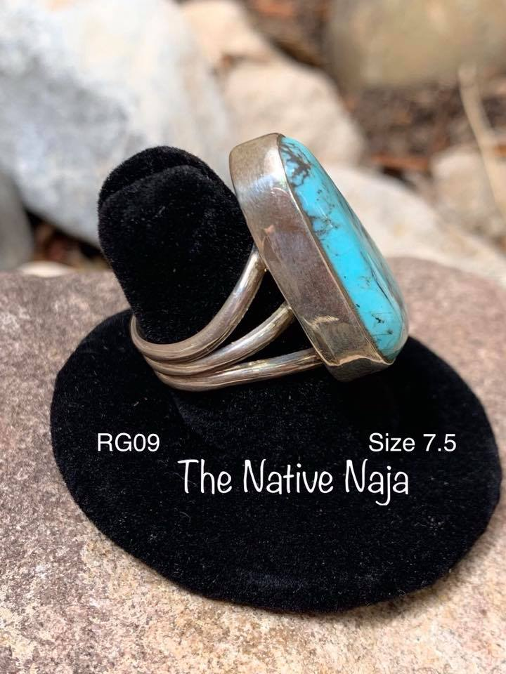 Navajo Sterling Silver & Kingman Turquoise Ring Size 7.5 RG09