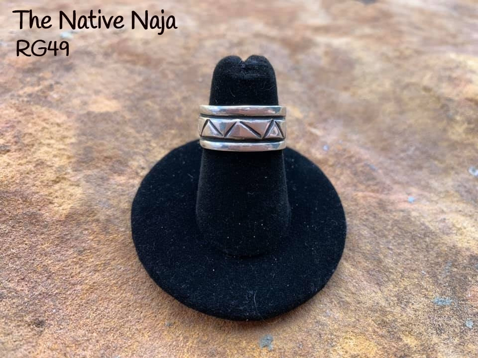 Navajo Genuine Sterling Silver Knuckle Band Ring Size 5 1/2 RG49
