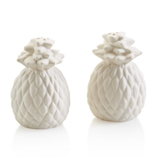 PINEAPPLE SALT & PEPPER SHAKERS - The Artsy Soul