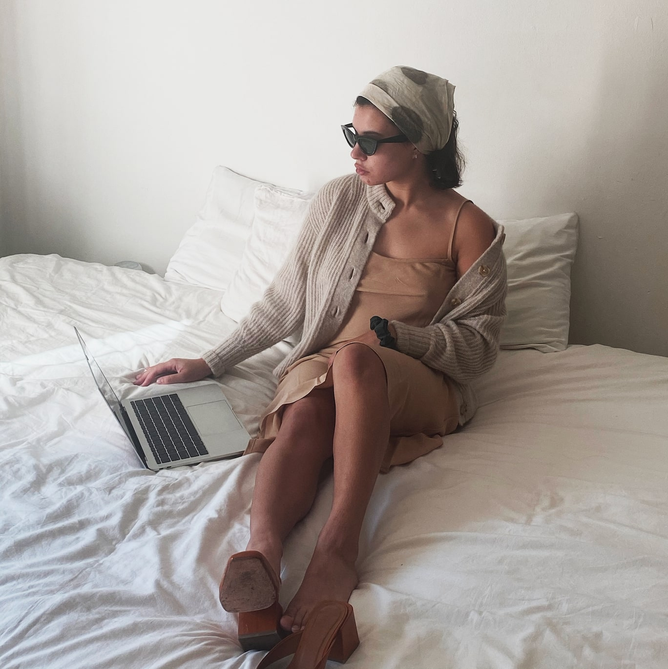 laptop in bed