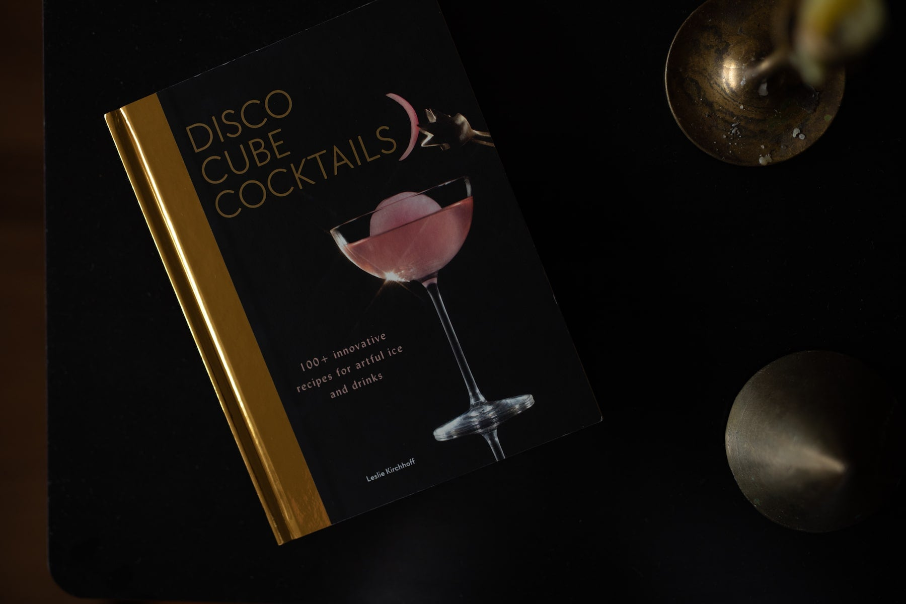 Leslie's Cocktail Book