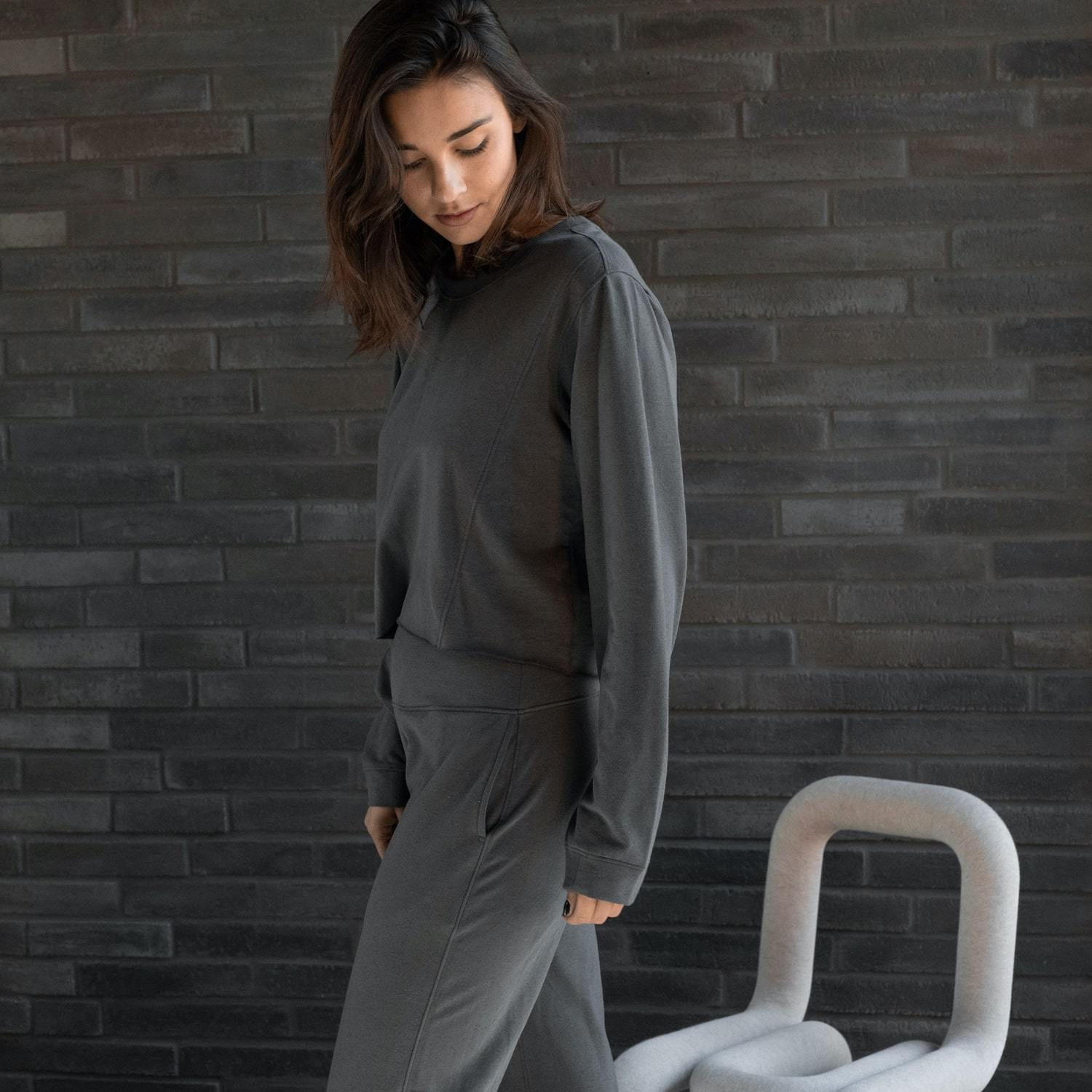 Lunya Sleepwear Cozy Pima Alpaca Fleece Crop Sweatshirt - #Eclipse