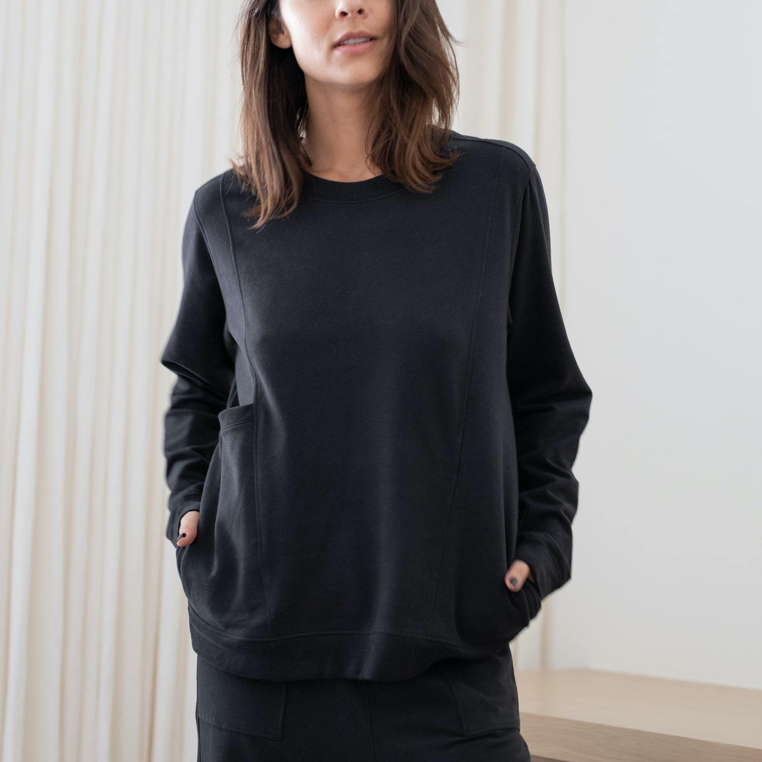 Lunya Sleepwear Cozy Pima Alpaca Fleece Relaxed Sweatshirt - #Black