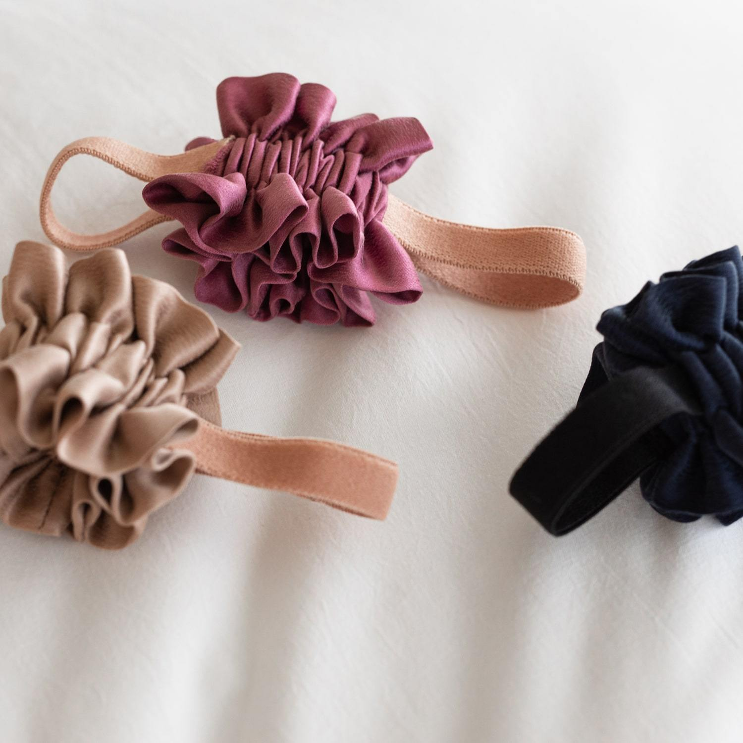 Lunya Sleepwear Washable Silk Scrunchie Trio - #Bare/Rouge/Deep Night