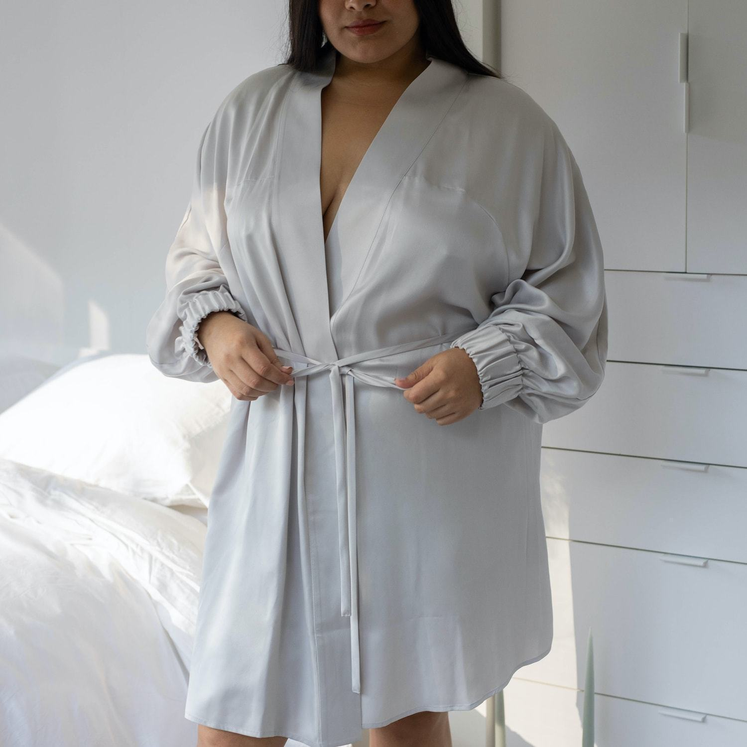 Lunya Sleepwear Washable Silk Robe - #Cloud - Size:XL2/XL3@back