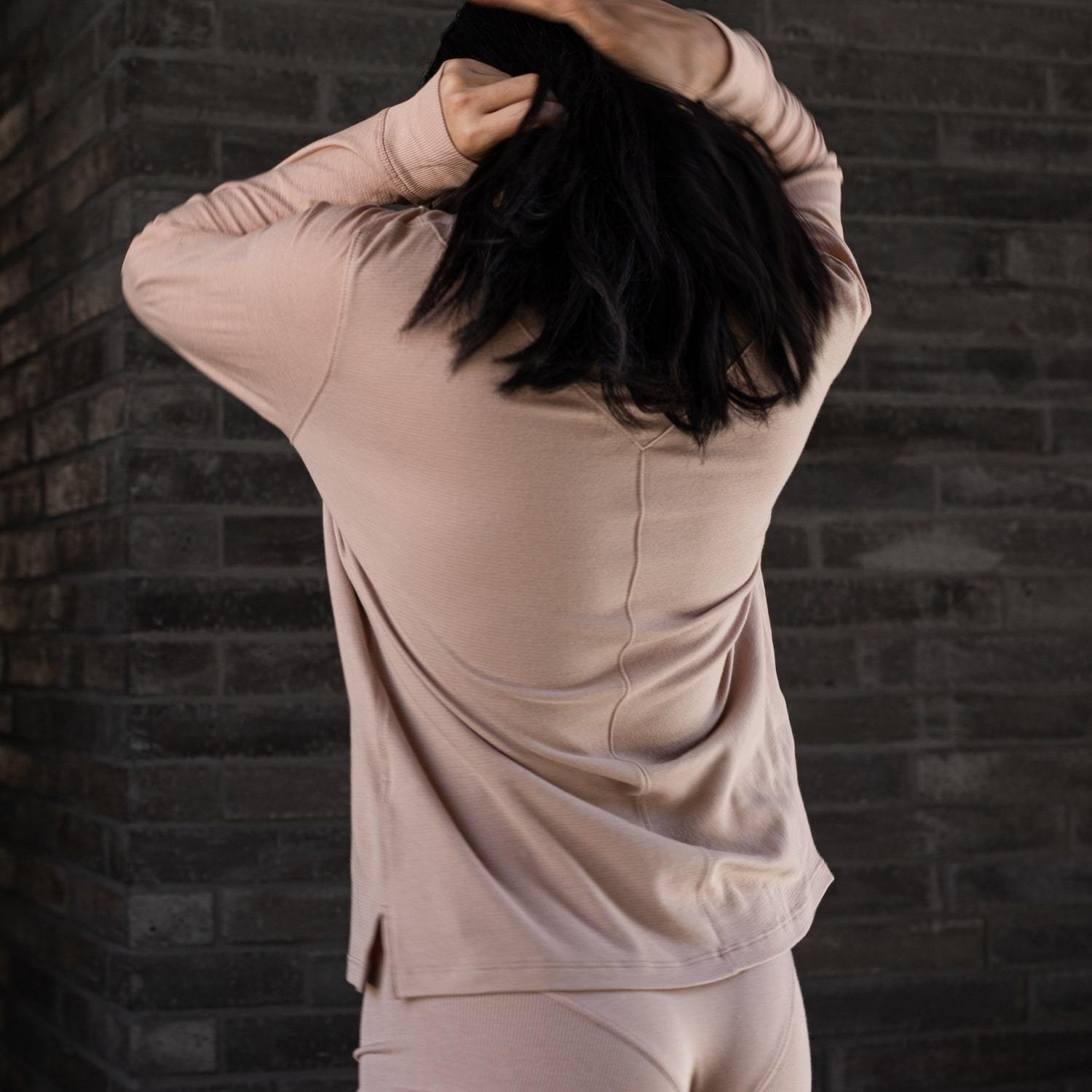 Lunya Sleepwear Cool Long Sleeve Crew - #Bare