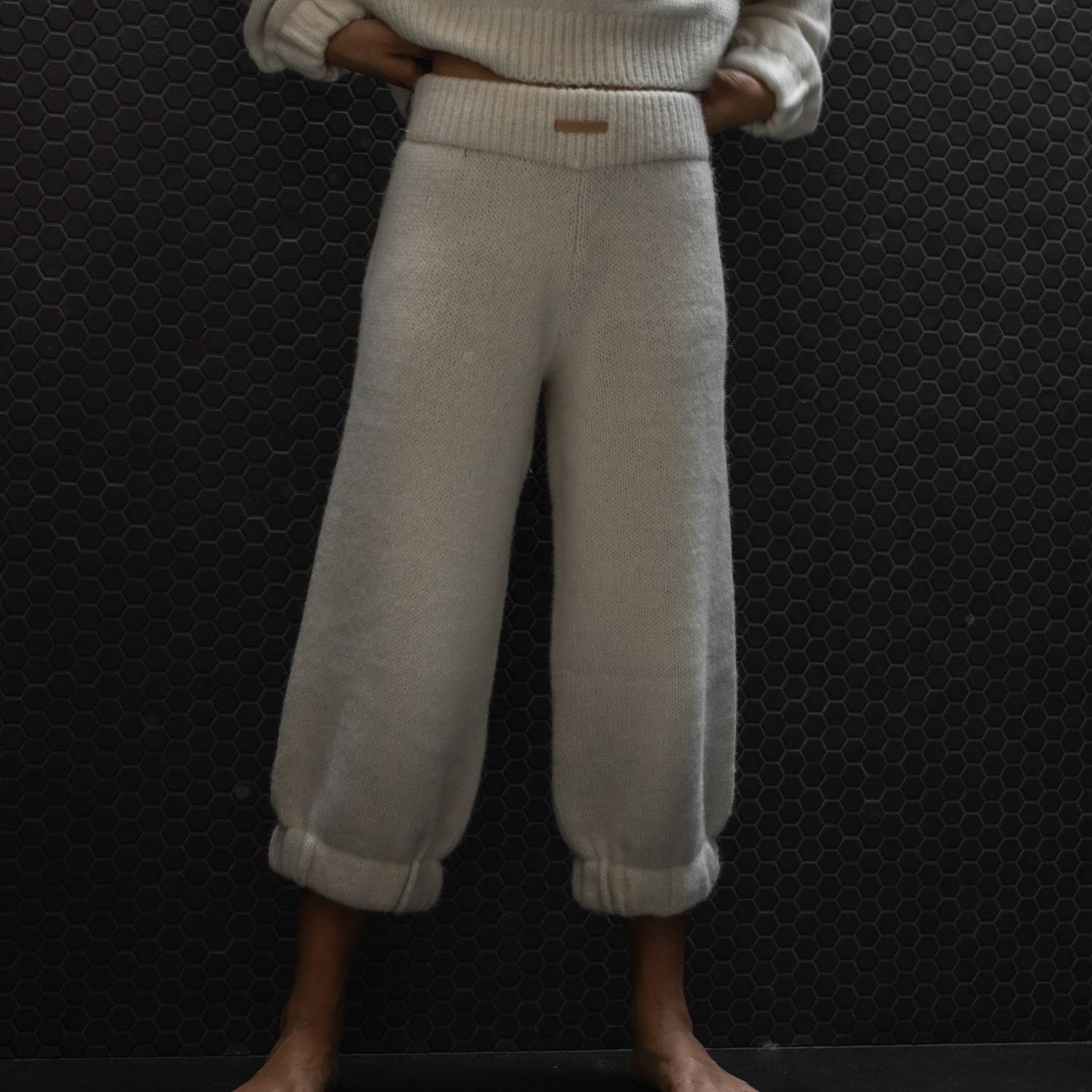 Lunya Sleepwear Cozy Alpaca Knit Pant - #Powder