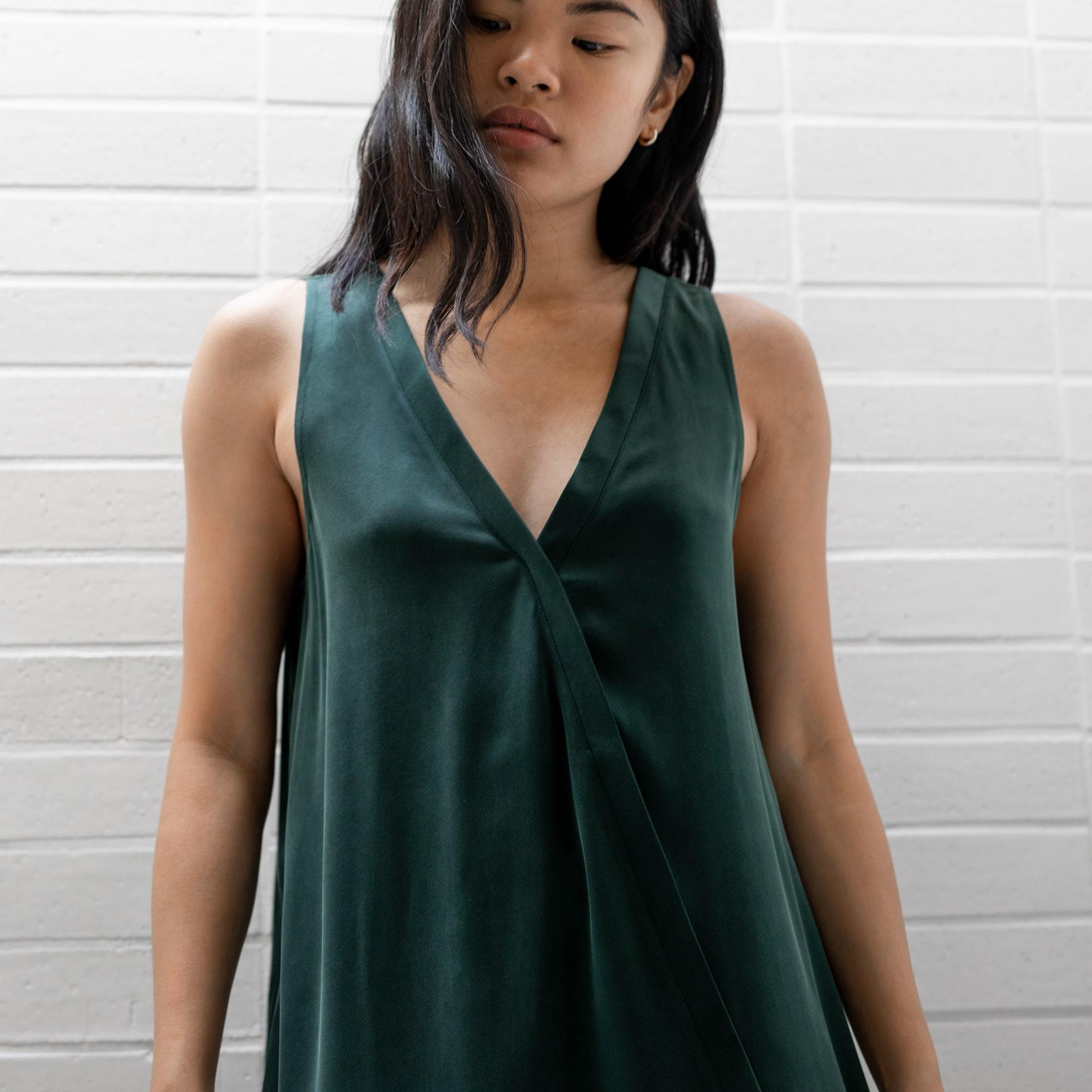 Lunya Sleepwear Washable Silk Double V Jumpsuit - #Emerald