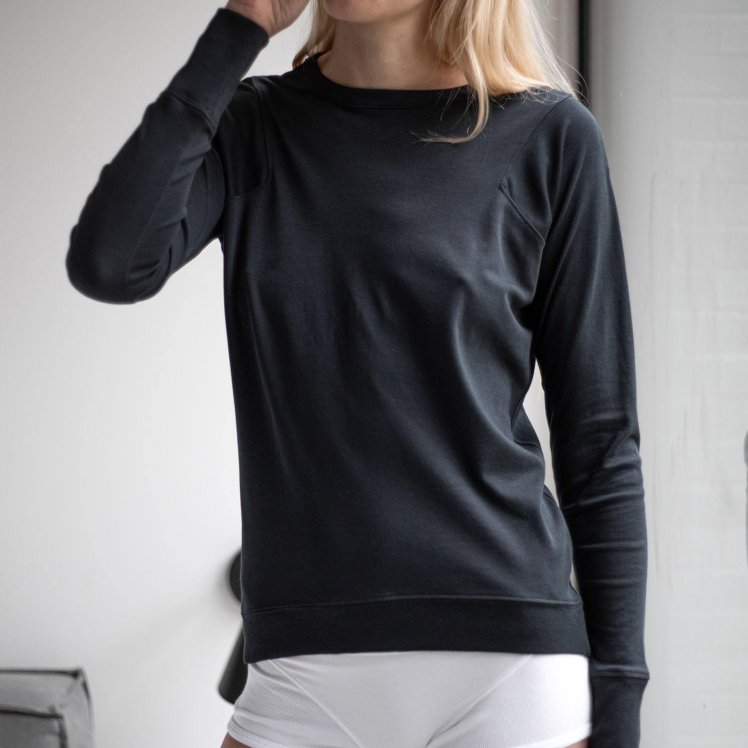 Lunya Sleepwear Organic Pima Long Sleeve Tee - #Black