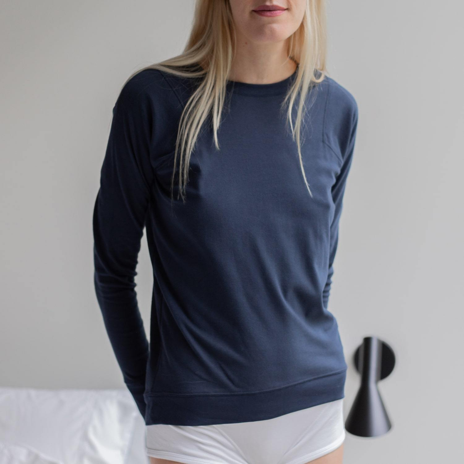 Lunya Sleepwear Organic Pima Long Sleeve Tee - #Deep Night