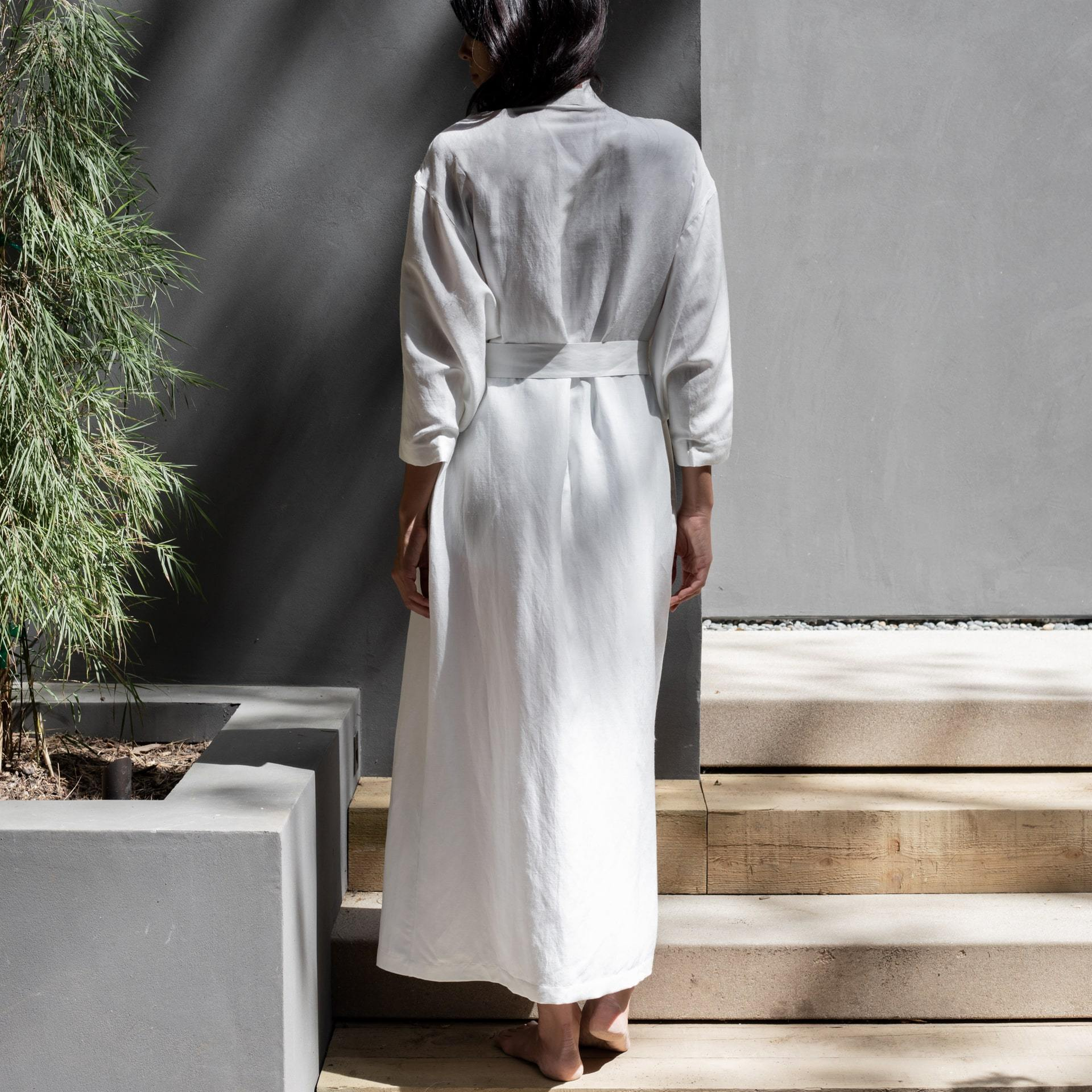 Lunya Sleepwear Resort Linen Silk Robe - #White