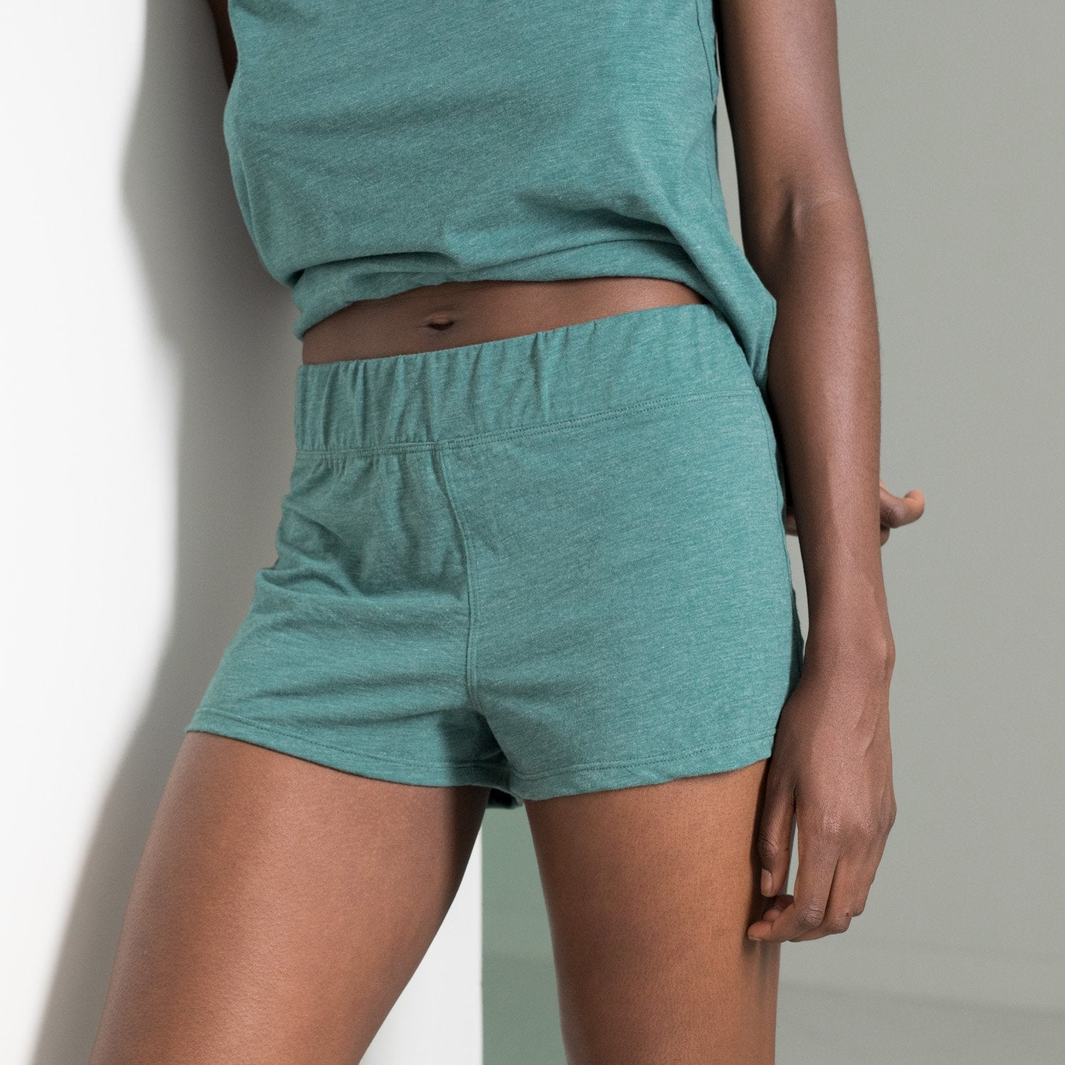 Lunya Sleepwear Restore Short - #Stem