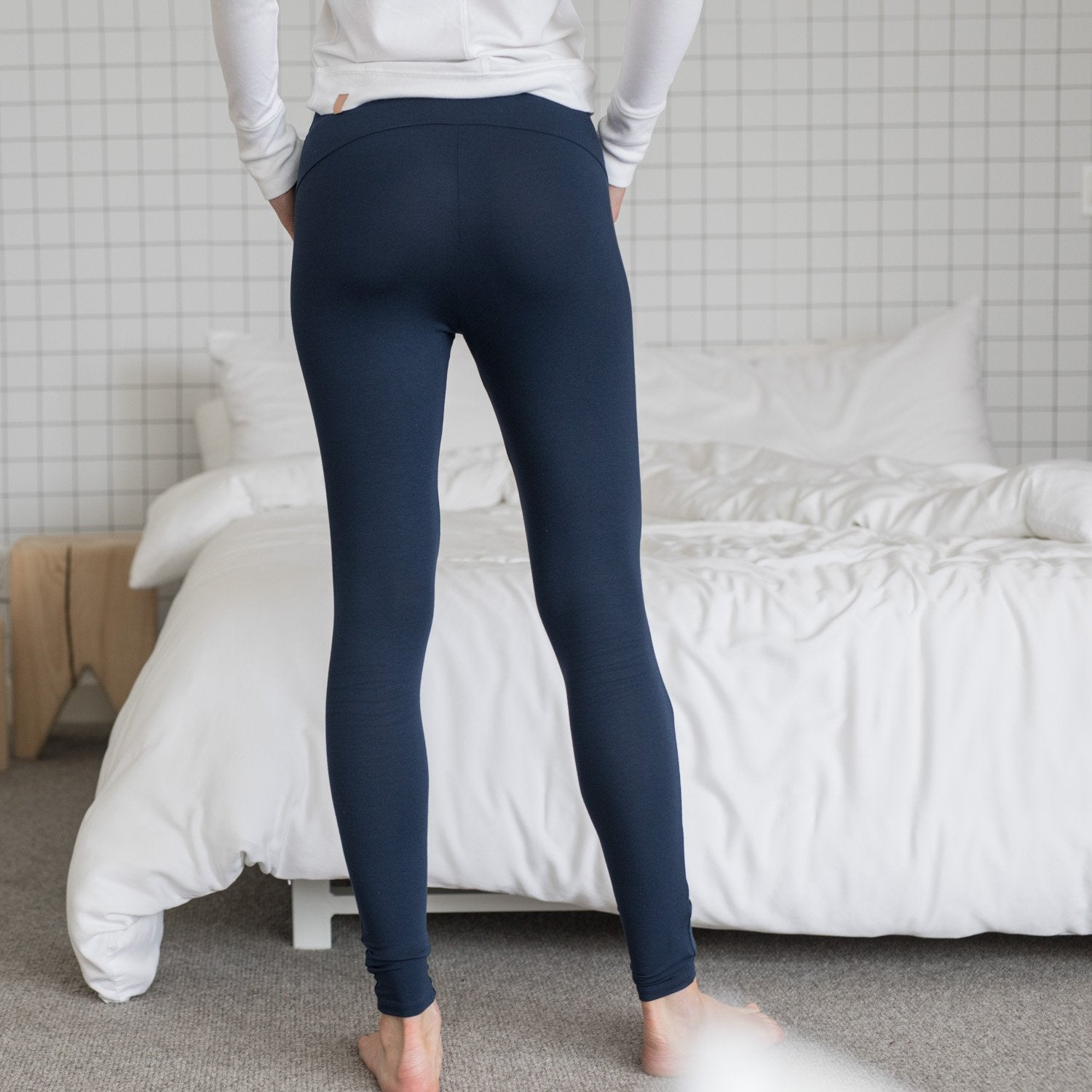 Lunya Sleepwear Siro Pocket Legging - #Deep Night