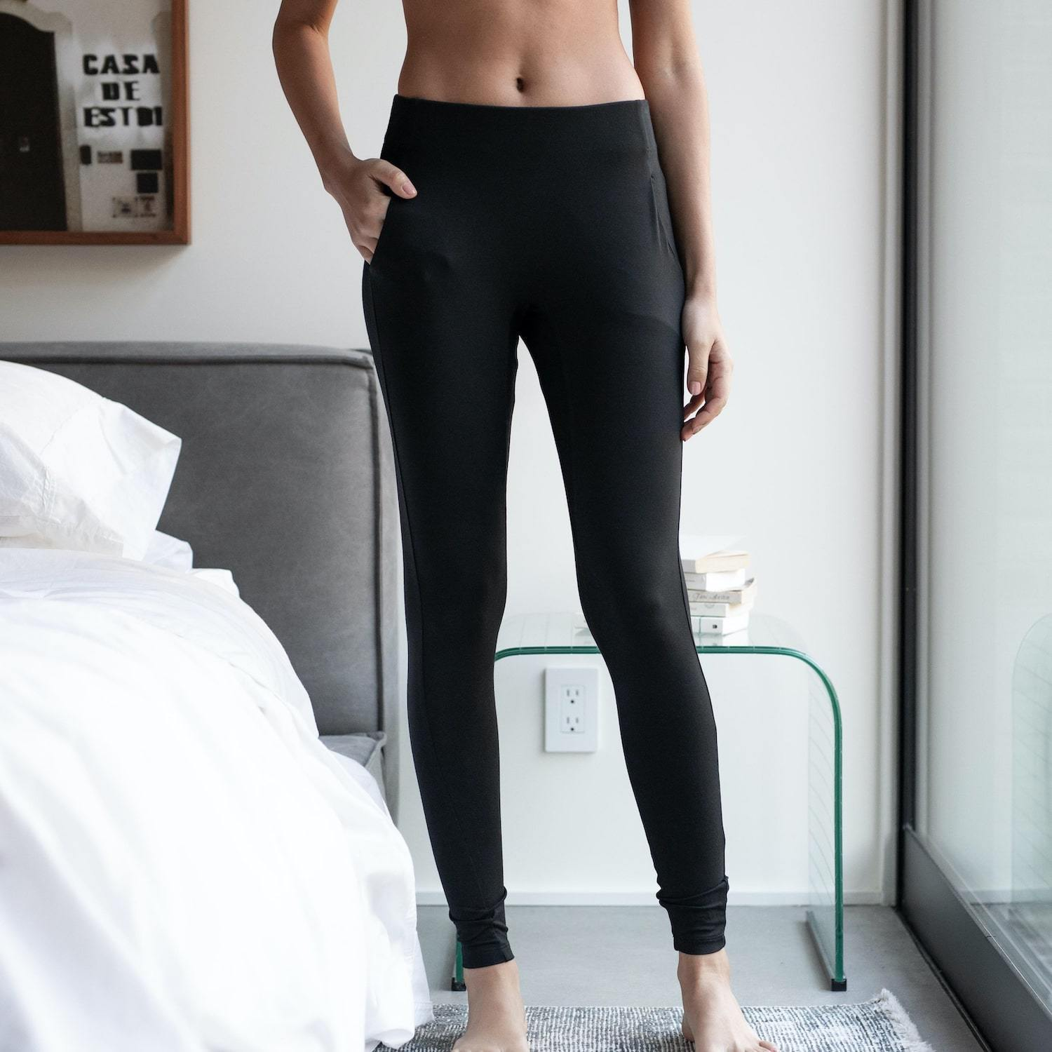 Lunya Sleepwear Siro Pocket Legging - #Black