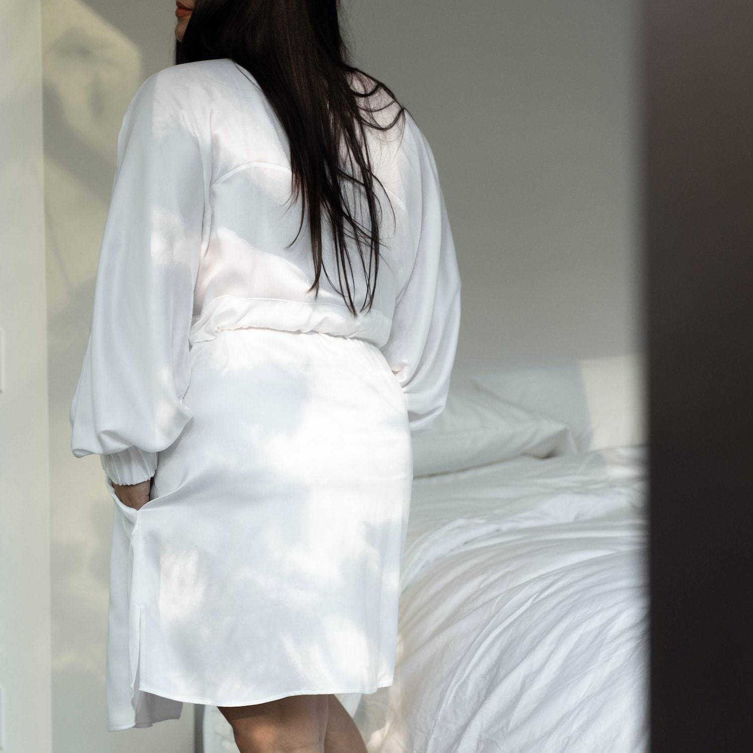 Lunya Sleepwear Washable Silk Robe - #Tranquil White - Size:XL2/XL3@back