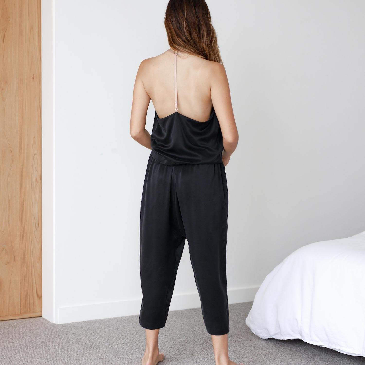 Lunya Sleepwear Washable Silk Cami Harem Pant Set- #Black/Bare/Otium Tan
