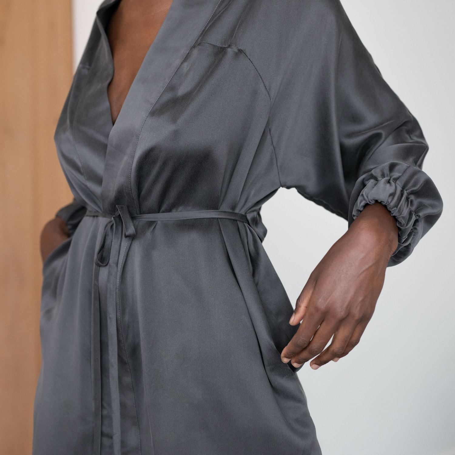 Lunya Sleepwear Washable Silk Robe - #Eclipse