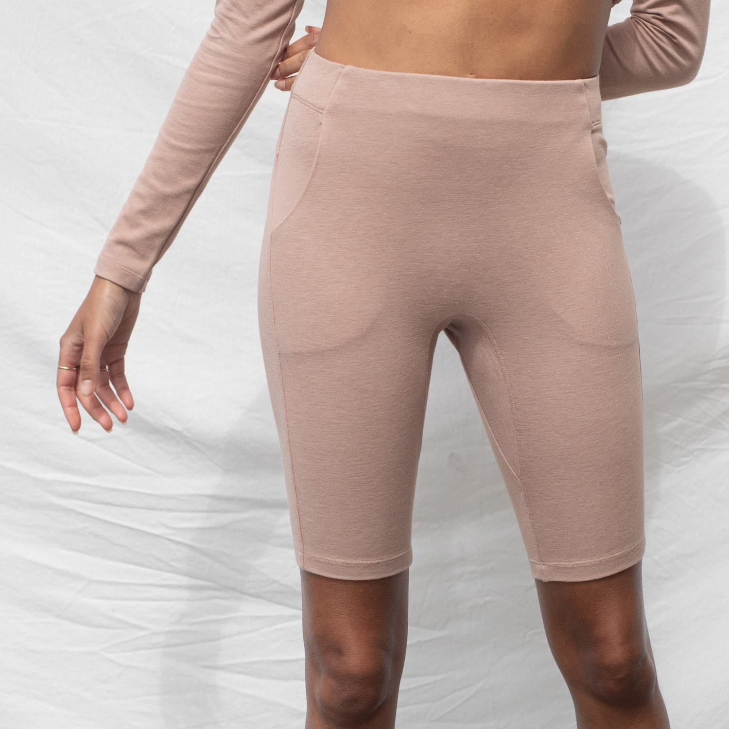 Lunya Sleepwear Restore Bike Short - #Bare/Otium Tan
