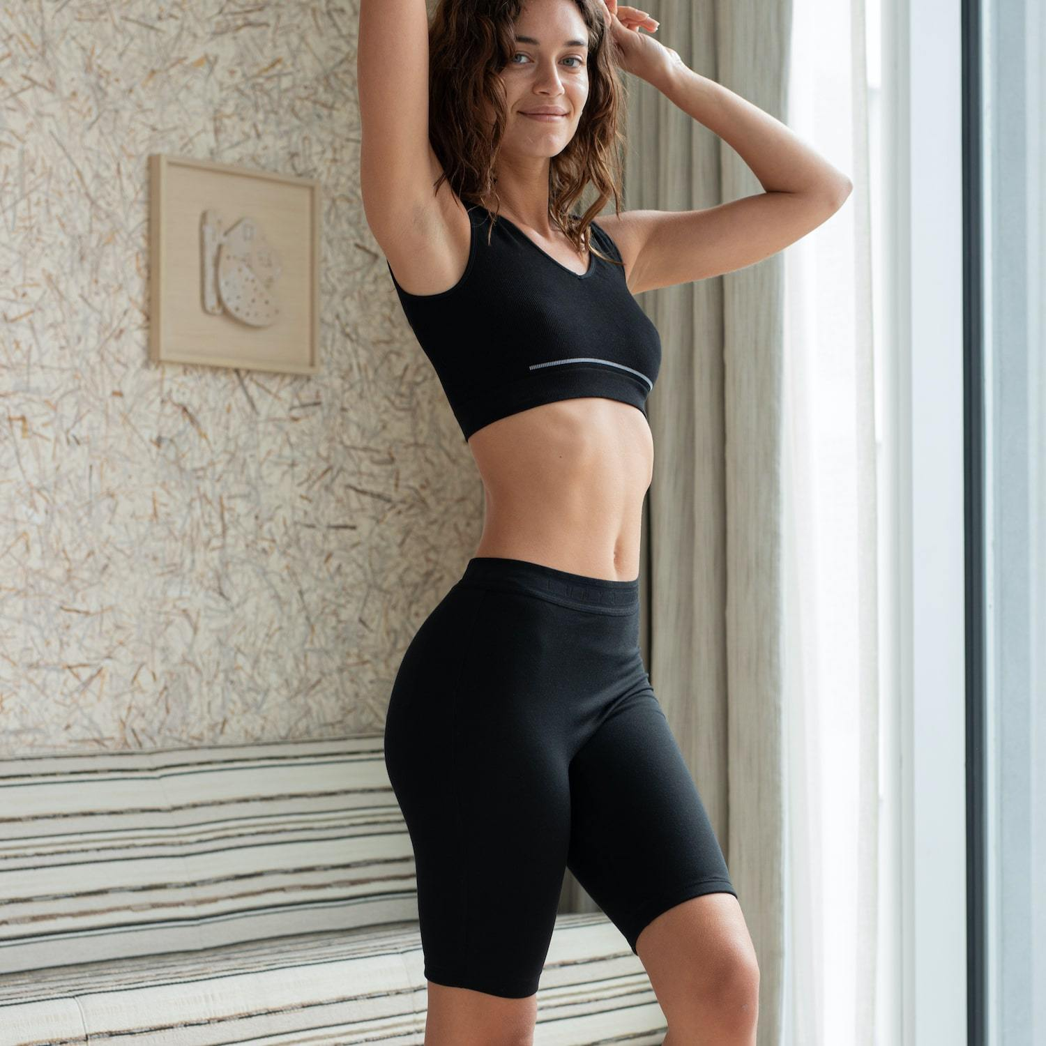 Lunya Sleepwear Siro Bike Short - #Black/Black