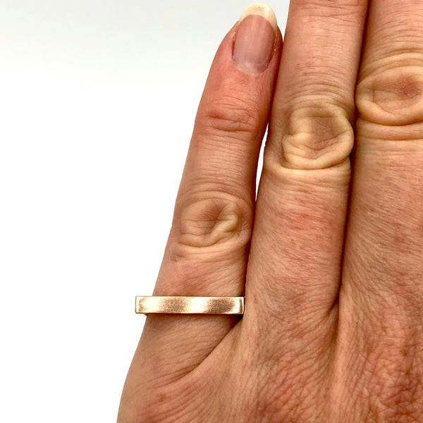 Rose Gold Horseshoe Ring