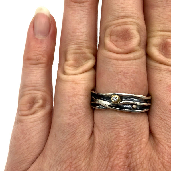 Fold-Formed Band with Diamonds