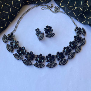 Black stone necklace NKC668