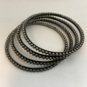Black metal bangle B127