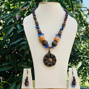 Wooden beads necklace NKC625